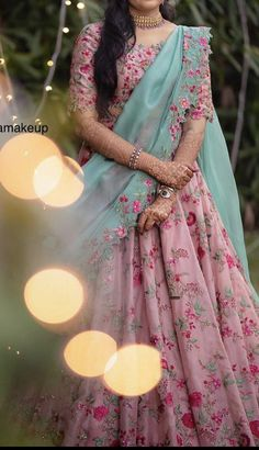 Gown Party Wear, Party Wear Indian Dresses, Designer Party Wear Dresses, Indian Gowns Dresses, Indian Bridal Outfits, Dress Indian Style, Indian Fashion Dresses, Indian Designer Outfits, Half Saree Lehenga