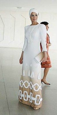 Lovely Sheikha Mozah in white