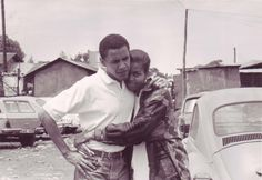 Barack Obama, first African American to hold the office of President of the United States & Michelle Obama, the first African American First Lady of the United States. Michelle E Barack Obama, Barack Obama Family, Young Michelle Obama, Malia Obama, Black Love, Black Is Beautiful, Beautiful Couple, Black Art, Simply Beautiful