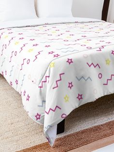 'Party Design' Comforter by Shane Simpson College Dorm Rooms, College Dorm Bedding, Make Your Bed, Square Quilt, Twin Xl, Quilt Patterns, Comforters, Blanket, Pillows