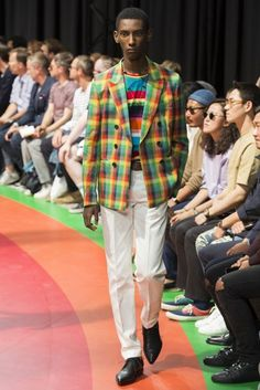 Paul Smith Spring/Summer 2017 Menswear show report | British Vogue