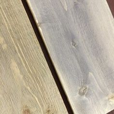 How to make gray - Wood Decora la Maison Table And Chair Sets, Deco Furniture, Grey Wood, Patio Table, Used Iphone, Gauche, Club Chairs, Woodworking Plans, Hardwood Floors