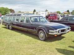 Oldsmobile Toronado touring car