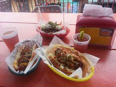 Dat Dog, Crawfish Hot Dog, Frenchman Street, New Orleans. A Foreigner About Town: Last Minute Honeymoon - Part 1