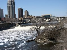 St. Anthony Falls on Mississippi River, downtown Minneapolis, MN
