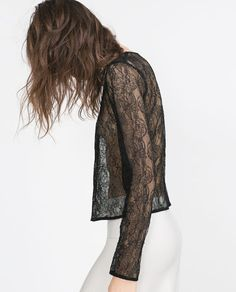 BLUSA CROPPED 29,95€ Zara