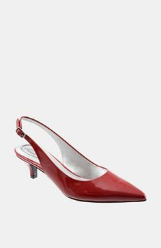 Free shipping and returns on Trotters 'Prima' Pump at Nordstrom.com. A point-toe slingback set on a kicky kitten heel features a comfort cup footbed for fashionable comfort.