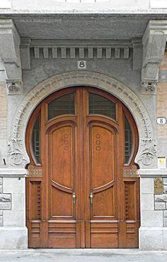 Casa Giraudi (I) - post by Paola Parodi 1906 - Eugenio Bonelli Torino, Via Papacino 8 Stairs And Doors, Open Door Policy, Brick Works, Smart Home Design, When One Door Closes, Unique Doors, Door Knockers, Doorway, Palermo
