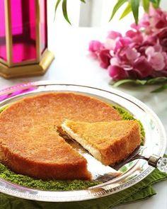 No-Bake Lotus Biscoff Cheesecake Cake Recipes, Dessert Recipes, Middle Eastern Desserts, Clotted Cream, Cream Cake, Cinnamon Rolls, Nutella, Pistachio Baklava, Chocolate Pizza