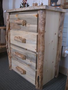 Rustic Chest of Drawers  TimberLine Creations provided by Bravenet.com