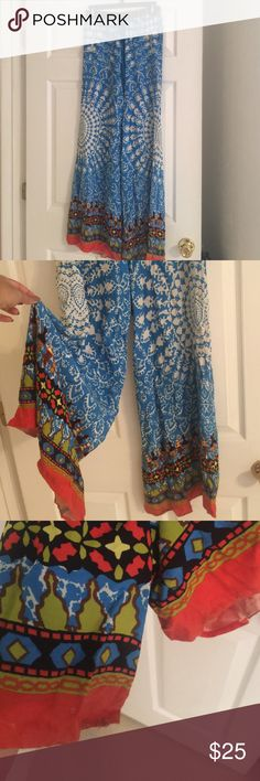 Beautiful flying tomato palazzo pants Size small Super flattering amazing palazzo pants, only worn a few times to work - very light signs of wear on bottoms. Very long Flying Tomato Pants Wide Leg