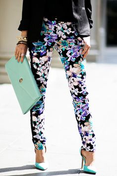 FLORAL SKINNY PANTS - Black