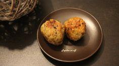 Pour 10 croquettes 150g de boulgour et quinoa cuits 15g de parmesan 1 gros œuf 5 champignons de paris 1 vache qui rit 80g de chapelure Sel, poivre,  huile d'olive, ail déshydraté, persil  Au thermomix Dans le bol, placer tous les ingrédients sauf l'huile d'olive. Mélanger 1mn, sens inverse, 2. Vous devez obtenir une pâte homogène. Former des croquettes. Les faire frire dans une huile chaude.