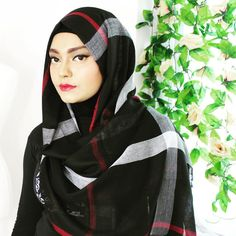 Black white n red check hijab by @samiastreasures