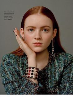 Sadie Sink looks ready for her closeup on L'Officiel Paris' June-July 2019 cover. Lensed by Katie McCurdy, the 'Stranger Things' star wears a Chanel jacket and… The Americans, Blue Bloods, Sadie Sink, Cast Stranger Things, Millie Bobby Brown, Celebs, Celebrities, Fashion Shoot, Pretty People