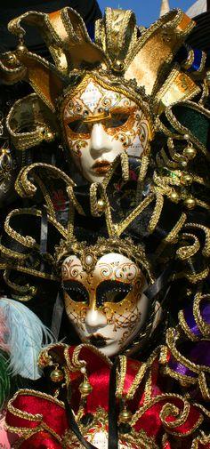 "The Mask of the Parallel World"" fantasy book series https://www.amazon.com/dp/B01KUGIZ8W #MMJ3"