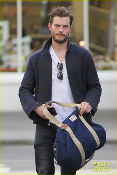 Jamie Dornan Steps Out Amid 'Fifty Shades' Salary Rumors | jamie dornan fifty shades sequel salary 01 - Photo