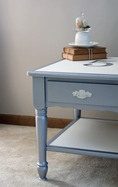 DIY end table makeover. I love this!