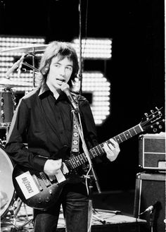 "Rory Gallagher the man who when Jimi Hendrix was asked ""how does it feel to be the best guitar player in the world"" responded ""I dont know ask Rory Gallagher "" Blues Rock, Rock N Roll, Rory Gallagher, Music Icon, Cool Guitar, Led Zeppelin, Rock Music, Punk Rock, Hard Rock"