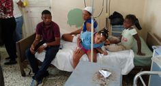 Despachan a estudiantes intoxicados con almuerzo escolar en Puerto Plata