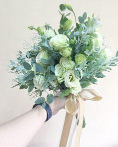 Eustoma Wedding Bouquets, Wedding Flowers, Boquet, Wedding Inspiration, Wedding Ideas, Weeding, Bridal Makeup, Dream Dress, Wedding Table