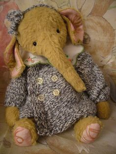 Baby Wugsby by News Teddy Bears  We will have to call Baby Wugsby a friend of Teddy Bears - definitely adorable!!