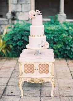 Gold Accent Cake on Antique Table