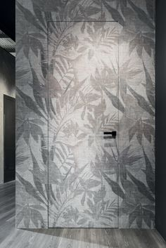& & & & The door from the inside satin wall wallpaper