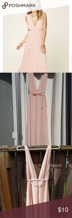 Forever 21 Long Blush Dress Floor length dress. New with tags. Does have a few threads pulling, but never been worn. Forever 21 Dresses Maxi