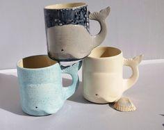 Pottery mug, Whale Mug, Beach Large Ceramic Coffee Mug handmade from my Charleston, SC Studio - Wal-handgefertigte Keramik Kaffeetasse Becher aus meinem Charleston, SC-Atelier. Wählen Sie Ihre F -