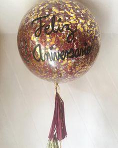Gold&wine 🍷🔸 #díseloconglobos #anniversary #aniversario #goals #wine #gold #30weddinganniversary