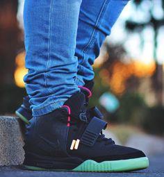 """Nike Air Yeezy 2 NRG """"Solar Red"""" Air Max Sneakers, Sneakers Nike, Air Yeezy 2, Yeezy By Kanye West, Outfits Hombre, Shoe Game, Nike Air Max, Air Jordans, Solar"""