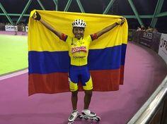 Luz Karime Garzón, campeona mundial de pista en los 10 mil metros combinados juveniles, en el 2015.