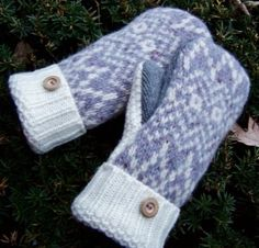upcycled wool mittens tutorial and pattern