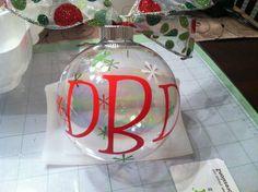Christmas Ornament #cricut