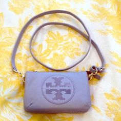 5783b9f65a3 Tory Burch crossbody logo clutch on Poshmark Pebbled Leather, Tory Burch,  Crossbody Bag,