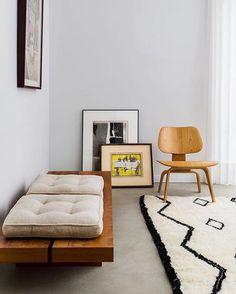 Trendy Home Interior Livingroom Apartments Rugs Ideas Interior Rugs, Interior Exterior, Living Room Interior, Modern Interior Design, Home Living Room, Interior Architecture, Interior Livingroom, Beni Rugs, Trendy Home