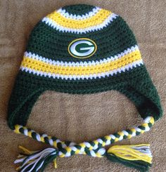Green Bay Packers beanie by KnottyBee on Etsy https://www.etsy.com/listing/244314164/green-bay-packers-beanie