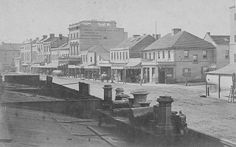 George St,between Park and Bathurst Sts in 1871.Photo by State Library of NSW.A♥W