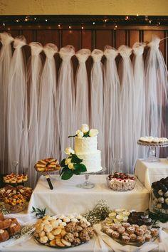 Nos encanta en @innovias este detalle de #decoración de #boda, el #tul es una elemento elegante y este uso es original y perfecto para bodas @innovias!