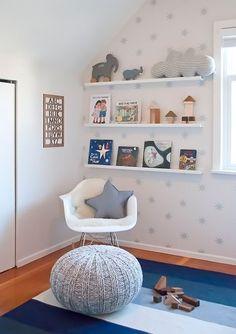 pieza bebé sillones repisas