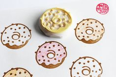 doughnut rubber stamp. doughnut stamp. hand carved rubber stamp. hand carved stamp. icing coated doughnut. color your own. diy birthday