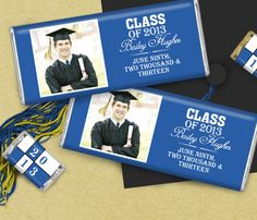 Graduation favor ideas - custom candy bars from WrappedHersheys.com #graduation #party #customcandy #WHCandy