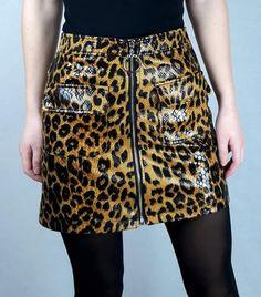 #skirt #fashion #leopardprint #outfits All Black Fashion, Pink Fashion, Skirt Fashion, Festival Outfits, Festival Fashion, Leopard Print Skirt, Online Fashion Stores, Black Heart, Knitwear