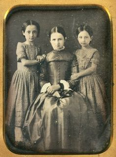 facesofthevictorianera: Daguerreotype of Sisters - the ackward stage during the