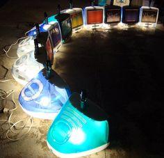 Etsy の iMac G3 テーブル ランプとパーティー光の多色スクリーン グレー by TimTheGeekyArtist