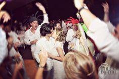 wedding - kiss - reception - boda- beso- recepcion
