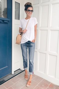 36 Summer Fashion Chic Boyfriend Jeans,Style 36 Sommermode Chic Boyfriend Jeans # # Like: More from my. Late Summer Outfits, Summer Vacation Outfits, Casual Summer Outfits For Women, Spring Outfits, Leggings Outfit Summer Casual, Vacation Fashion, Casual Summer Clothes, Ootd Summer Casual, Summer Clothes For Women