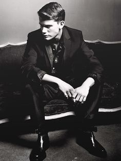 Just saw Great Expectations and Now is Good with Jeremy Irvine: wow :)