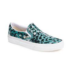 38c2339a0be630 10 Best Printed Slip-On Sneakers